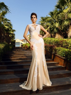 Sheath/Column High Neck Applique Sleeveless Long Chiffon Dresses
