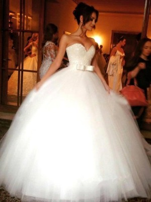 Ball Gown Bowknot Sweetheart Tulle Sleeveless Floor-Length Wedding Dresses